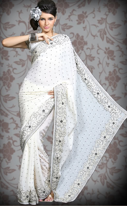 Indian Wedding Dress - At: http://fresno-weddings.blogspot.com/2011/09/bridal-and-wedding-fashions-with-flair.html