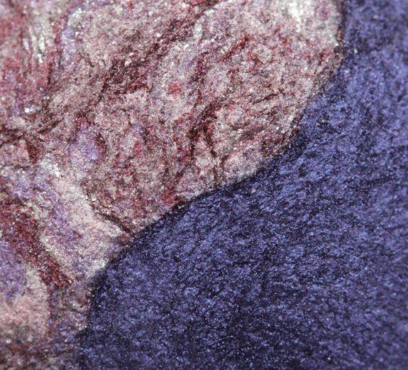 MAC Pink Union Mineralize Eye Shadow Duo macro shot