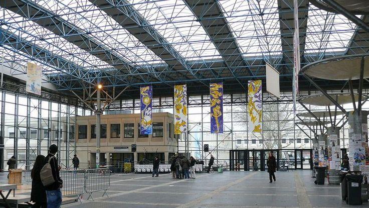 l'université Paris XIII à Villetaneuse (hall)
