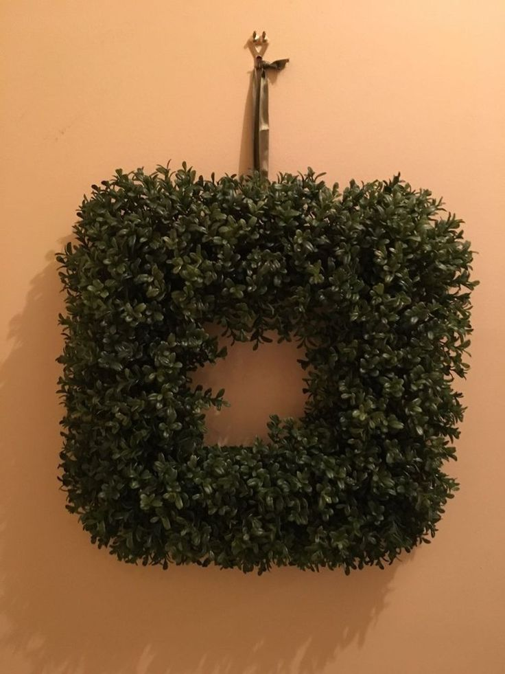 "18"" Square  artificial boxwood plant Wreath New #Unbranded"