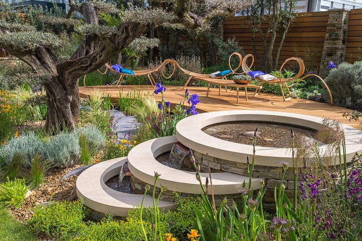 The Royal Bank of Canada Garden at the Chelsea Flower Show / RHS Gardening
