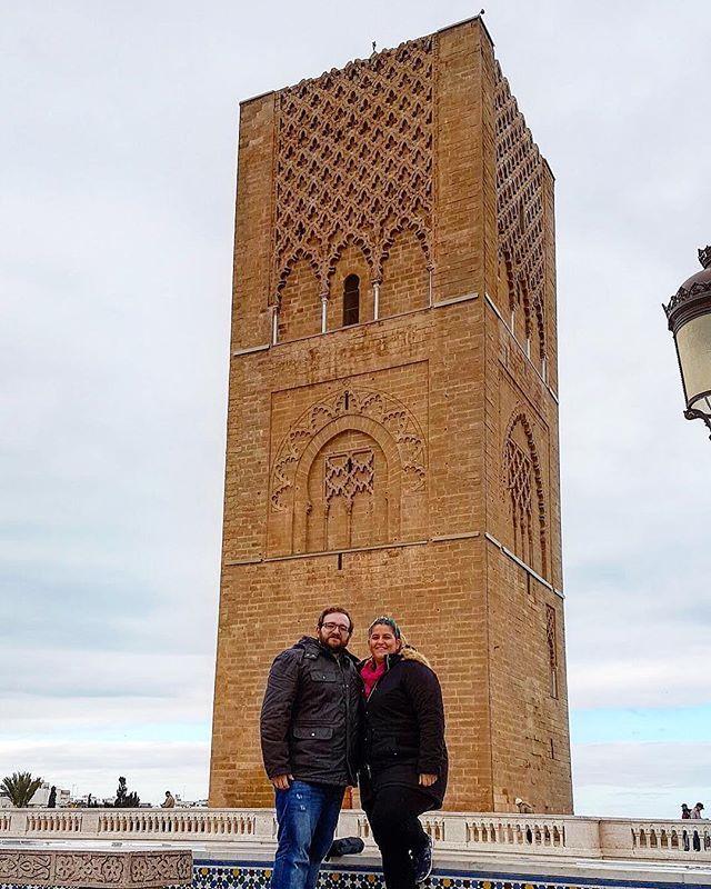 Reposting @comiviajeros: Ojalá 2018 se porte tan bien con nosotros como 2017 ❤️ ¡Feliz año a todos/as! Que el 2018 os traiga muchas aventuras ✈️ • 📍Torre de Hassan, Rabat 🇲🇦🇲🇦 • #travel #marruecos #travelbloggers #rabat #morocco #trip #traveltheworld #wanderlust #traveling #travelphotography #instatraveling #instatravel #instago #travelingram #viajar #igtravel #travelgram #traveladdict #viajeros #viajar #ilovetravel #traveller #comiviajeros🌍