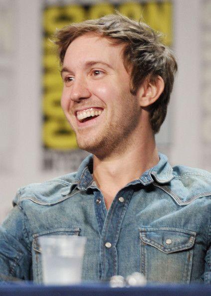 Sam Huntington. So handsome.