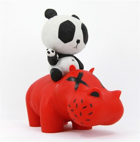 Hippo Panda Red 10-inch figure by cacooca