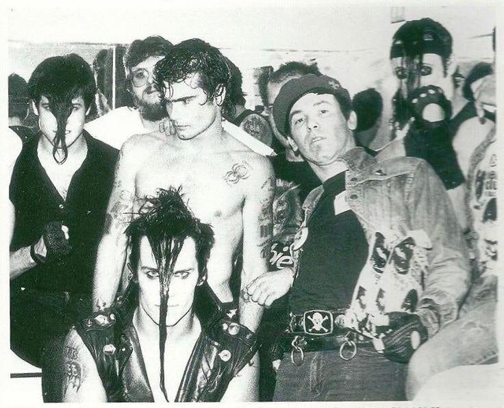 The Misfits Black Flag Santa Monica 1983 Oldschoolcool In 2020 Black Flag Misfits Punk Culture