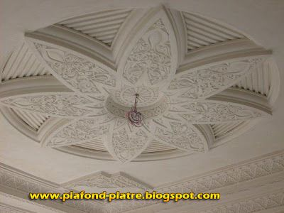 58 best faux plafond images on pinterest blankets for Model faux plafond platre