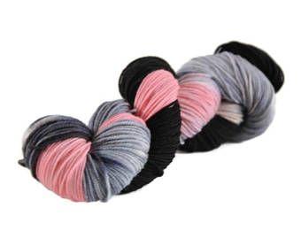 Sport Yarn, Merino yarn, sport weight yarn, superwash merino yarn, 100% Superwash Merino, merino sport, gray, pink, black - Crush