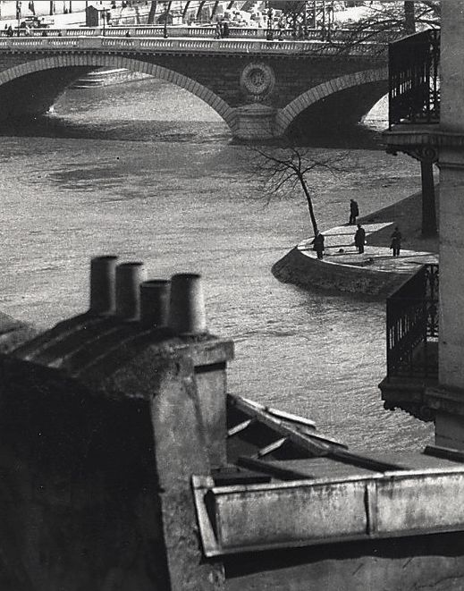 André Kertész, Paris, 1929