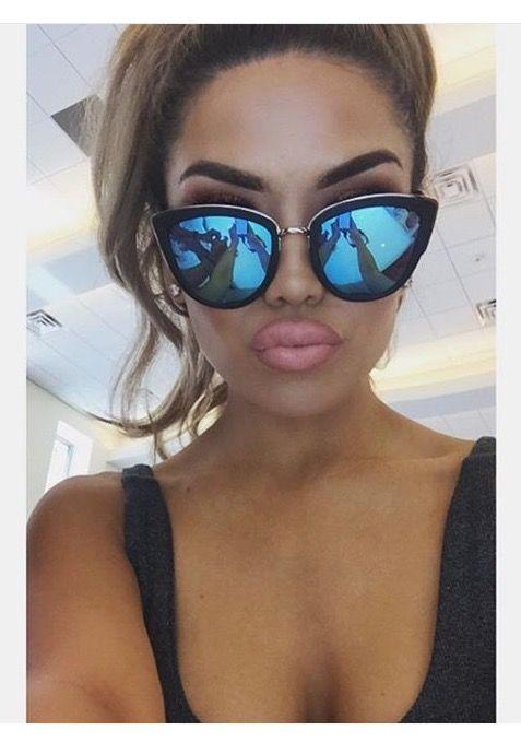 "Cat Eye ""Ronette"" Mirrored Lenses Women's Sunglasses Metal Corners SEXY GIRL"
