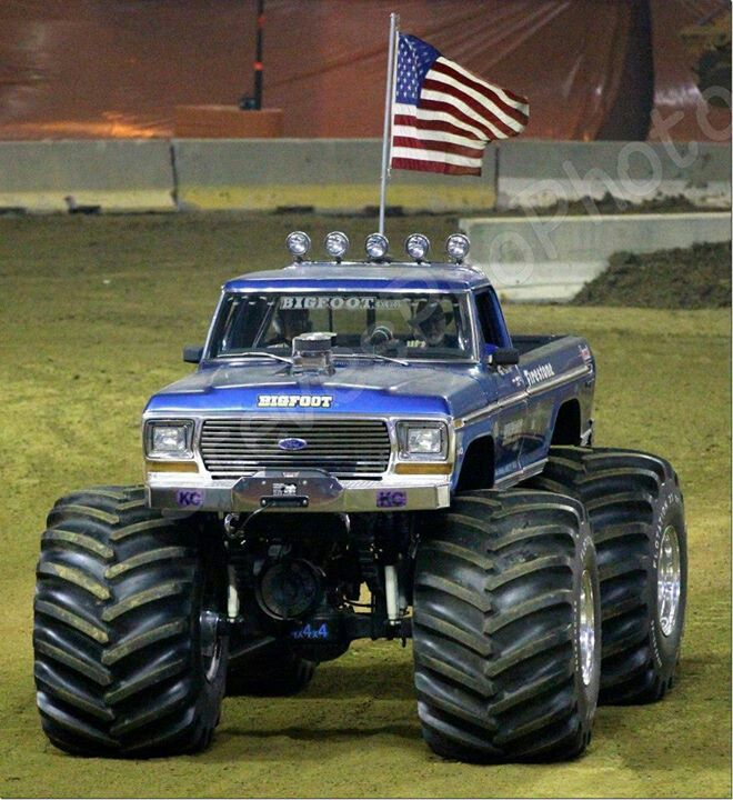 17 best Monster truck models images on Pinterest | Bigfoot ...