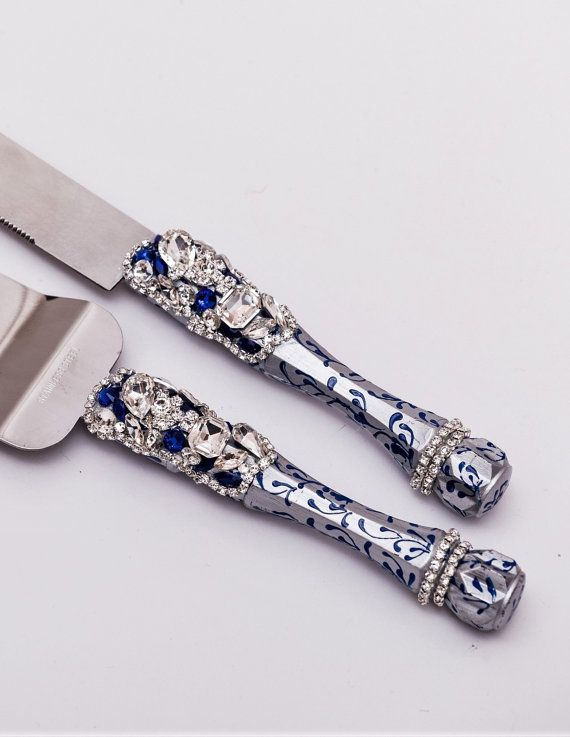 Personalized Wedding Cake Server Set royal by WeddingArtGallery