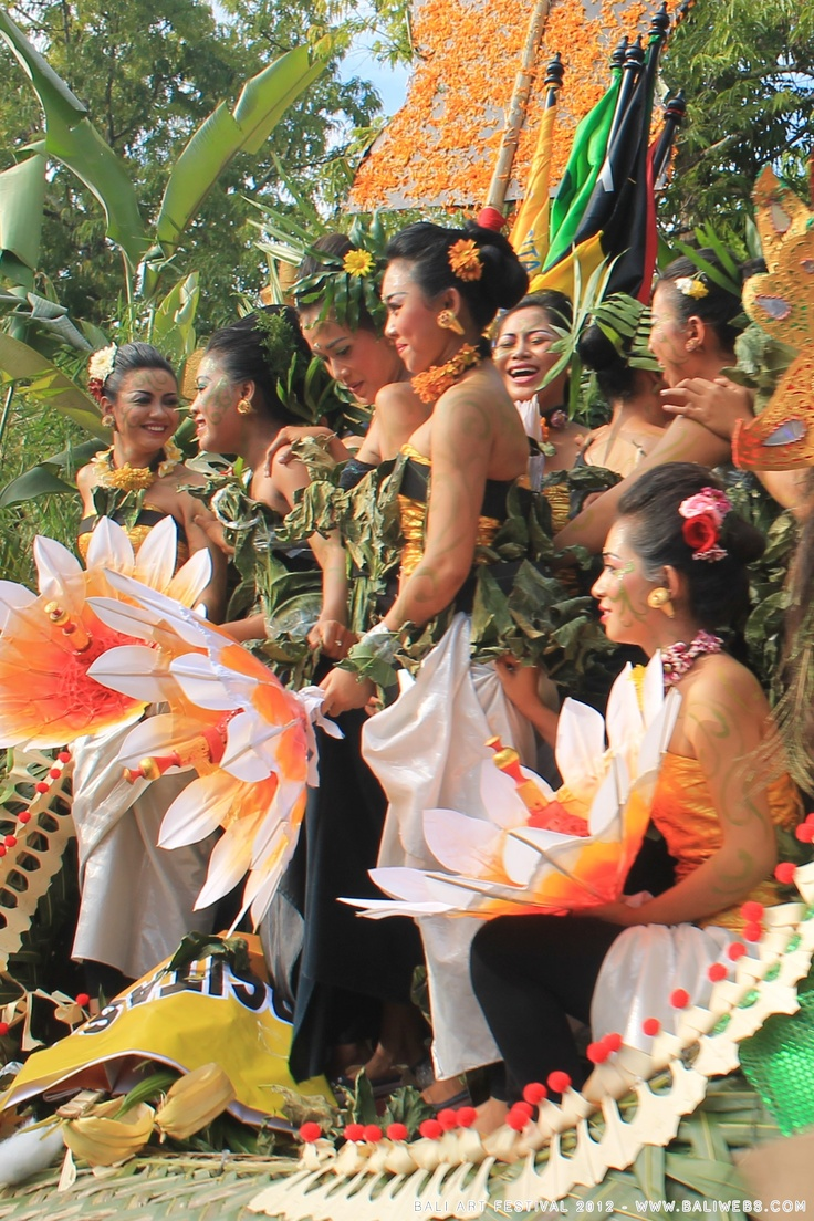 Bali Art Festival 2012 by Hery from Baliwebs, so colourful