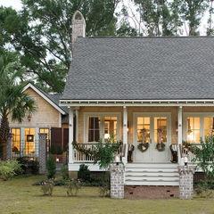 Cozy little bungalow.