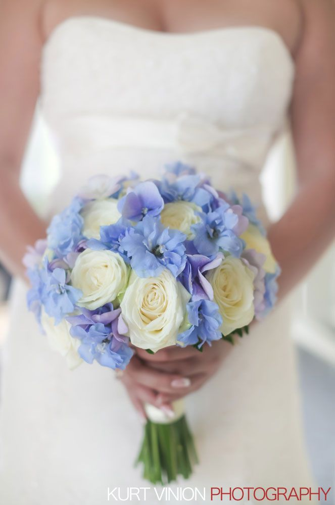 a beautiful bridal bouquet - taken at the Chateau Mcely