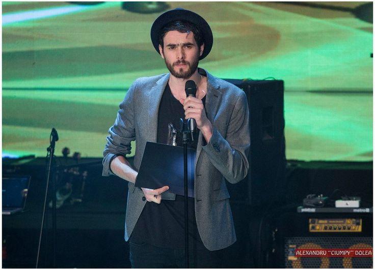 Cea mai bună voce masculină: Mihail