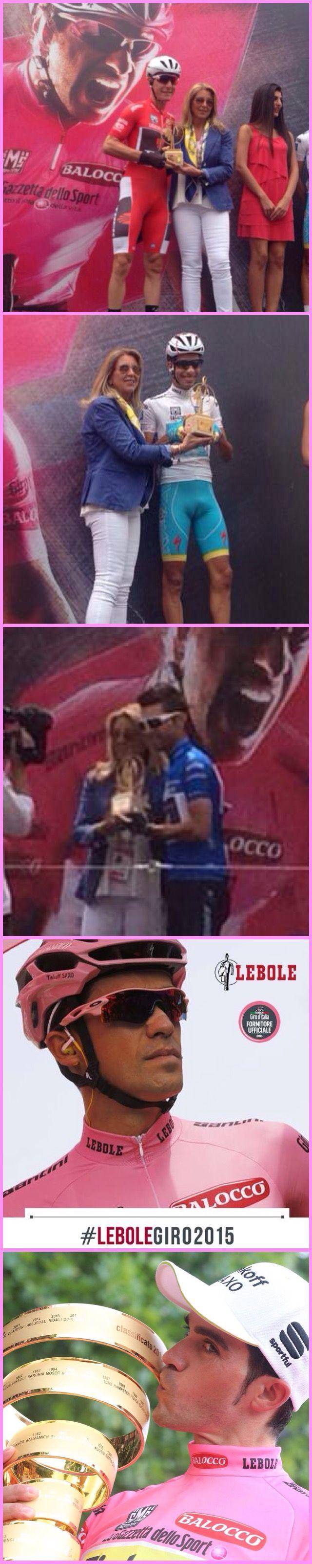 31 maggio 2015 Torino. premiazione delle maglie iridate del Giro d'Italia 2015. Anna Lebole consegna il Trofeo LEBOLE ai detentori delle maglie Rosa, Azzurra, Rossa e Bianca #lebolegiro2015 #lebole #modauomo #fashion