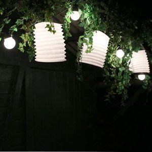 les 25 meilleures id es concernant guirlande guinguette sur pinterest guirlande lumineuse. Black Bedroom Furniture Sets. Home Design Ideas