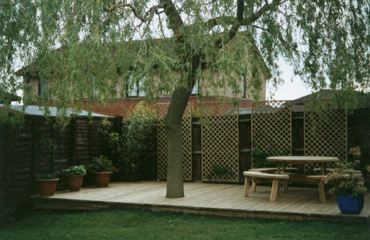 Landscaping Ideas To Hide Ugly Fence : Ideal way to hide an ugly fence outdoors