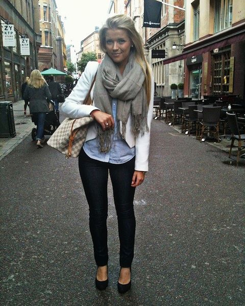 Oversized scarf, button up chambray, blazer, and skinny jeans and heels