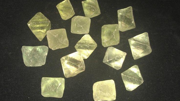 Lager tømmes, Stein og krystaller