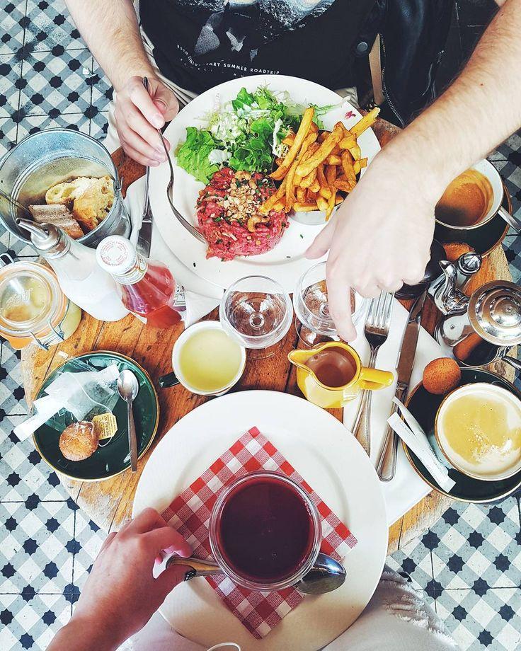 "815 Likes, 20 Comments - Style & Beauty by ARIANNE (@ariannechavasse) on Instagram: ""Vive la France 🇫🇷 #flatlay #parisjetaime #travelto . . . . . #todaywasagoodday #foodandwine…"""