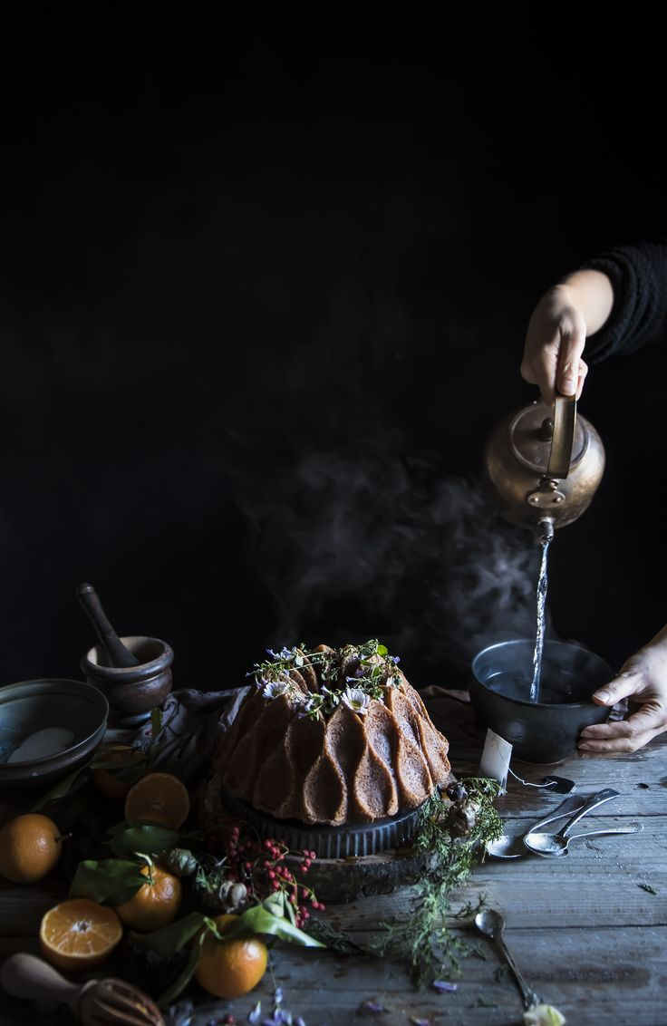 Una ciambella soffice che ha il sapore del profumato tè Earl grey e delle clementine, facile da realizzare e velocissima, perfetta per la merenda