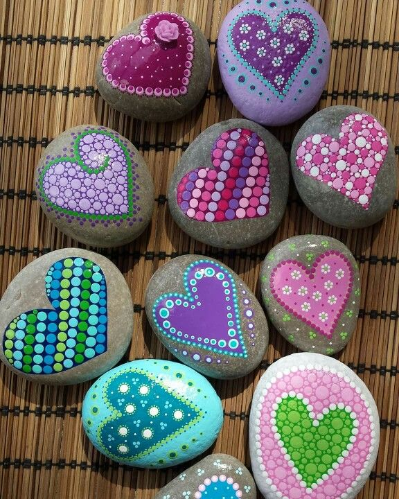 Dot art, heart rock