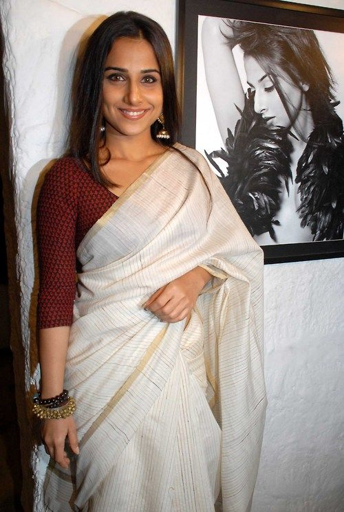 Vidya.  Love the simplicity of her look, and especially the ghungroo bangles!