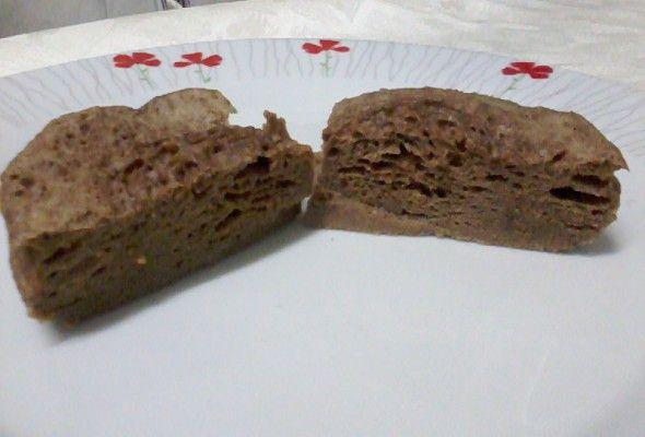 Bolo de Whey Protein1 Ovo 1 Colher (es) de sopa de Leite em Pó Desnatado 30 Grama (s) de Whey Protein de Chocolate 1 Pitada (s) de Canela em Pó 150 ML de Água 6 Gota (s) de Adoçante 1 Colher (es) de chá de Fermento