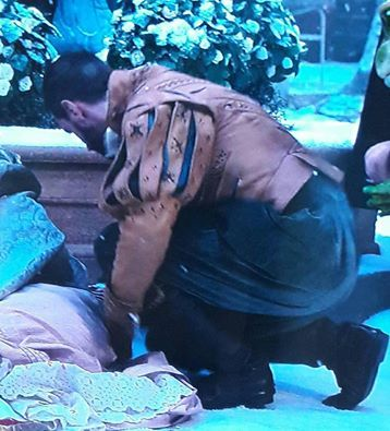 One more quick scene for Richard Armitage as King Oleron in Alice Through the Looking Glass.