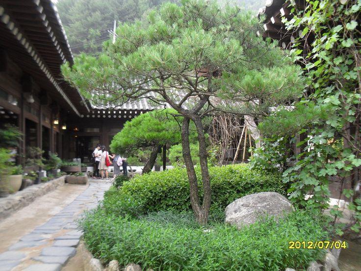 Hanok, the Korean Traditional House