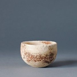 Antique bowl in stoneware from itoko.dk