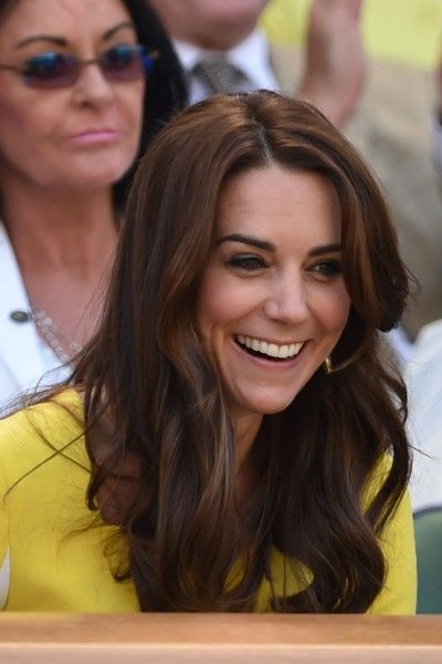 Kate Middleton Photos - Britain's Catherine, Duchess of Cambridge watches the women's semi-final match on the eleventh day of the 2016 Wimbledon Championships at The All England Lawn Tennis Club in Wimbledon, southwest London, on July 7, 2016. / AFP / GLYN KIRK / RESTRICTED TO EDITORIAL USE - Day Ten: The Championships - Wimbledon 2016