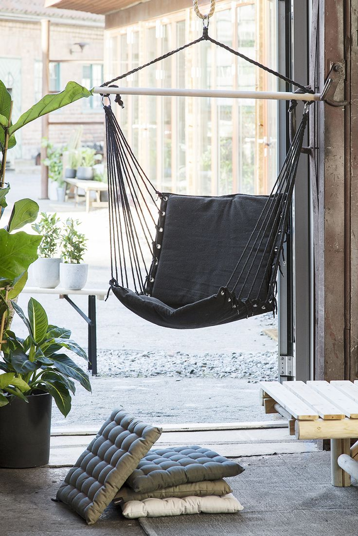 In store in April http://fi.granit.com/category.html/outdoor