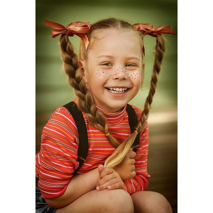 63 отметок «Нравится», 4 комментариев — ОЛЬГА НИКУЛОЧКИНА (@olga_nikulochkina) в Instagram: «Хохотушечка  #детскийпортрет #Рыбинскфотосесси #портет #детскийисемейныйфотограф…»