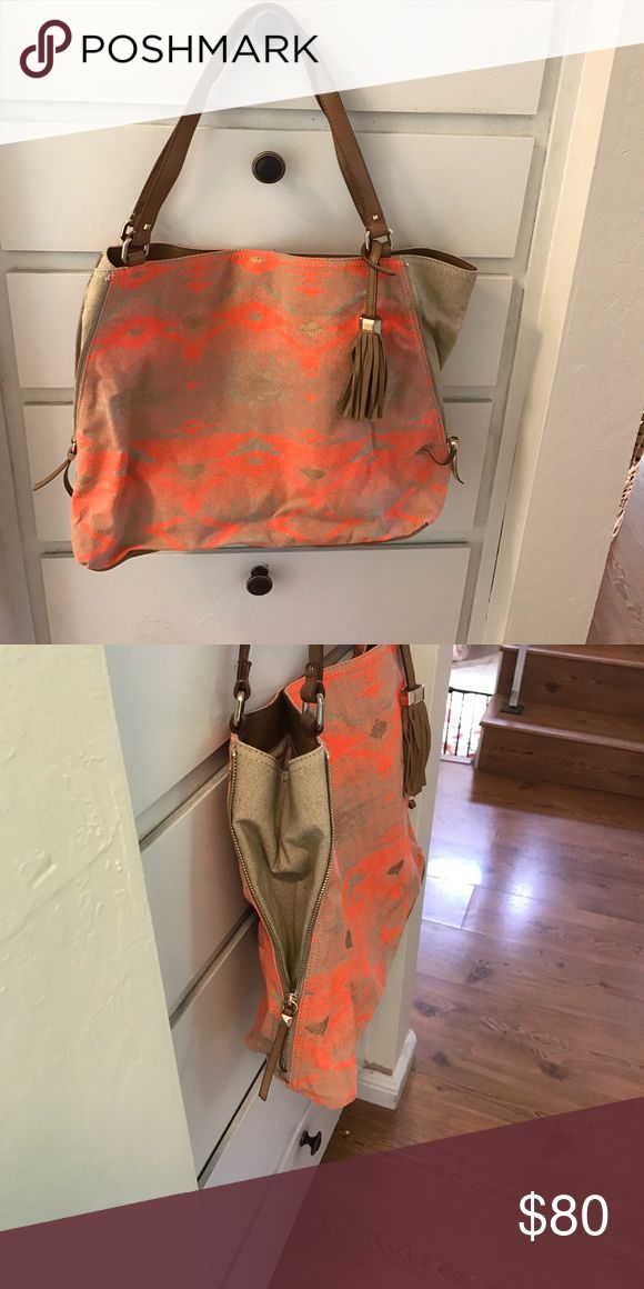 Stella and Dot orange and gold tote bag This is such a fun summer bag!! The tassel is so cute and I love he side zippers to expand the bag as needed! Stella & Dot Bags Totes