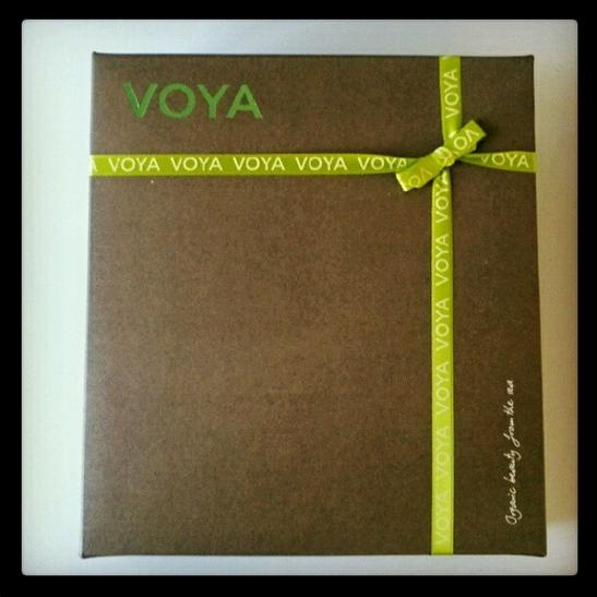Check out this gorgeously boxed gift from VOYA Organic Beauty from the Sea! Can't wait to see what's inside!