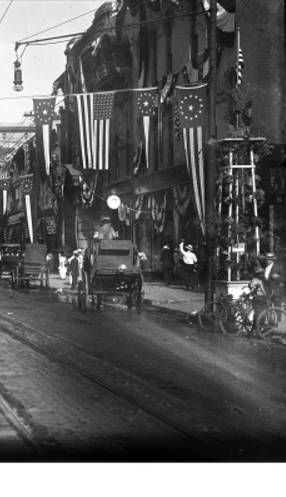 Wabash Avenue Decorated to Welcome Home WWI Soldiers :: Martin Photo Shop