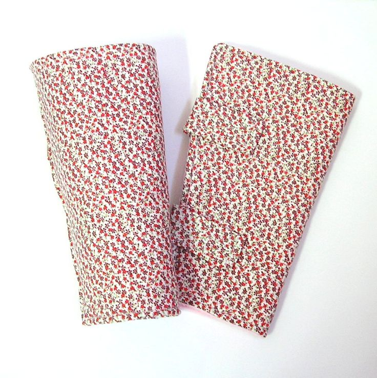 Guêtres bébé, jambières à petites fleurs rouges doublées en polaire, jambières multi-positions Tricotmuse, plusieurs taille au choix : Mode Bébé par tricotmuse