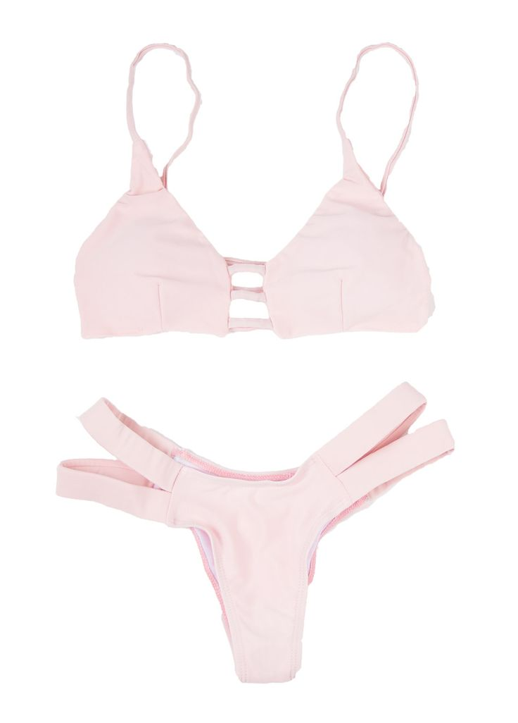 I followed my heart and it led me to the beach... Of course in my Pine bikini! This light pink ...