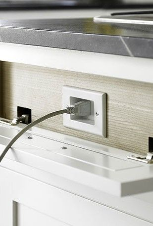 Hidden connectors are a must in your kitchen. Small details that make a difference