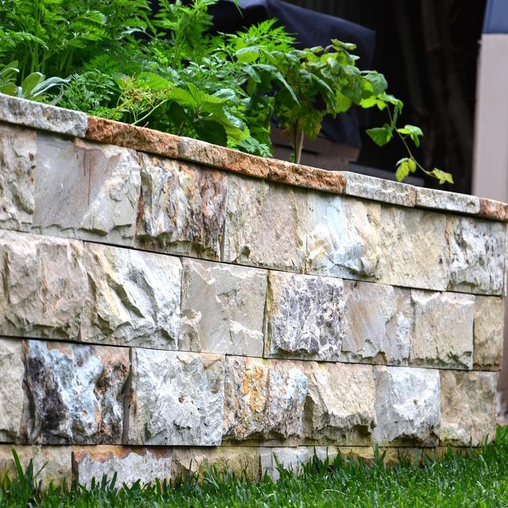 Amber Tiles Kellyville: pinned from Insragram. Deco block retaining wall. #retainingwall #decoblock #ambertiles #ambertileskellyville