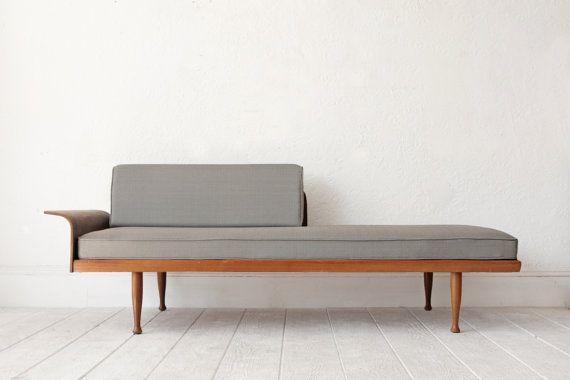 Mid Century Sofa Daybed Wood Frame por OtherTimesVintage en Etsy
