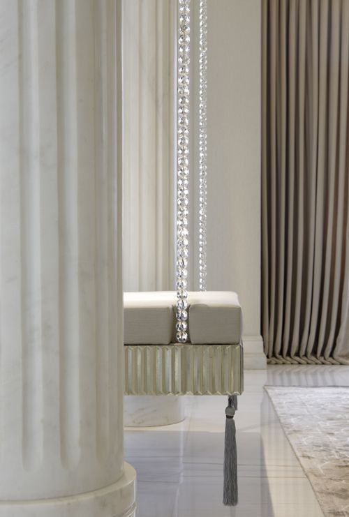 Stunning swing seat.