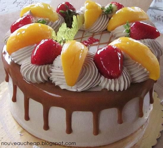 Gallery For > Tres Leches Birthday Cake With Fruit  IDEA FOR DECORATING