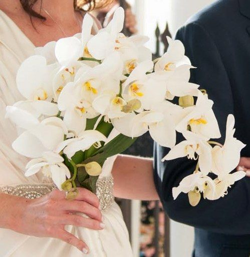Beautiful hanging orchid bouquet