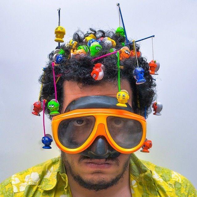 des objets dans les cheveux des objets dans les cheveux Ahmad El Abi 3   des objets dans les cheveux par Ahmad El Abi   photographe photo ob...