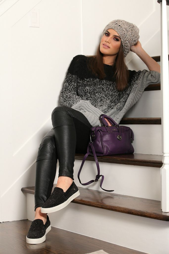 Sweater: Michael Kors / Legging: Zara / Slip On: Carmen Steffens / Purse: Coach / Hat: Calimare