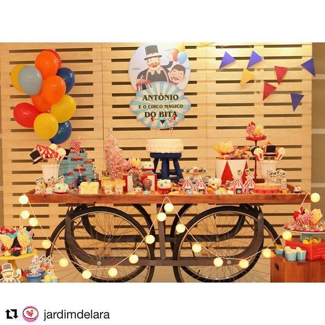 Quando mamãe e madrinha se juntam e fazem uma produção linda dessa! 💕 muito orgulho! Estreiaram nossa mesa bicicleta, alem do painel e nossas peças. #unna #festainfantil #festacirco #mundobita #festademenino #decoracaodefestas #festasrj #festalinda #festa