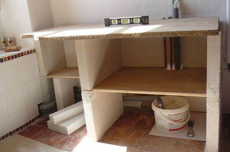 Salle de bain - meuble sur mesure. Meuble de salle de bain en construction